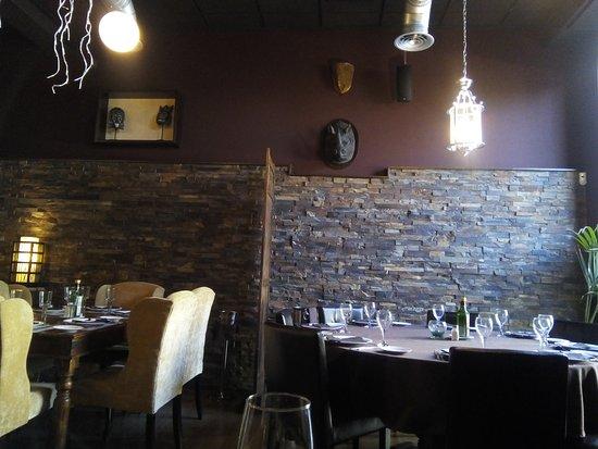 Aspe, Spanyol: Restaurant le Colonial