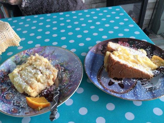 Alfreton, UK: Malibou,coconut and pineapple or lemon cake - decisions!