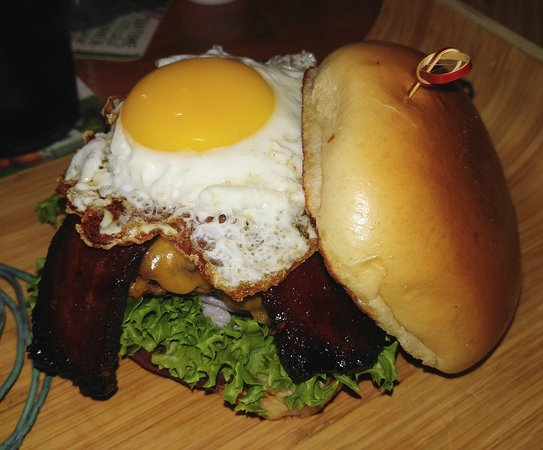 Pflugerville, TX: The Blind Side burger