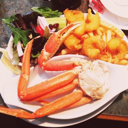 Sylvan Lake, كندا: Crab and Shrimp