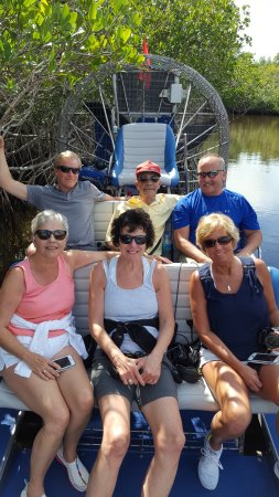 Everglades City Airboat Tours: Group photo during our ride's break