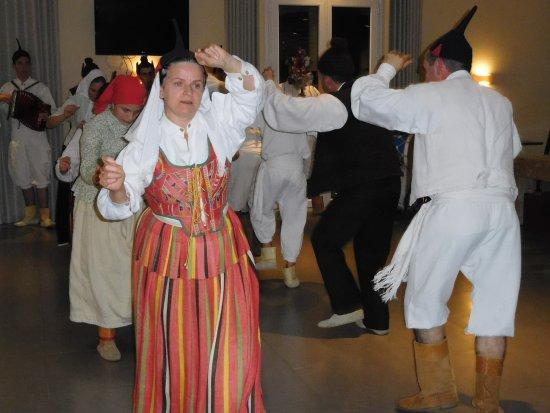 Ponta Do Sol, Portugal: Folkloreaufführung im Hotel