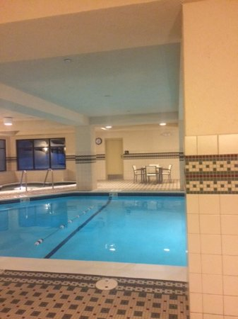 Braintree, MA: Hampton Pool & Hot Tub