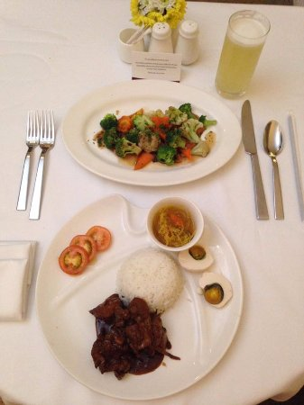 Pasig, Philippines: Perfectly served wonderful meal! - Room service