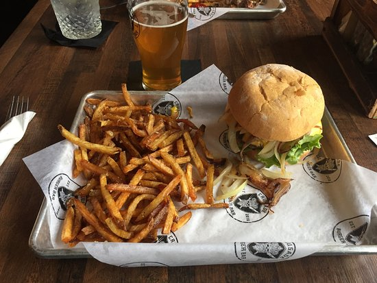Yorkville, IL: Day of the Lord burger