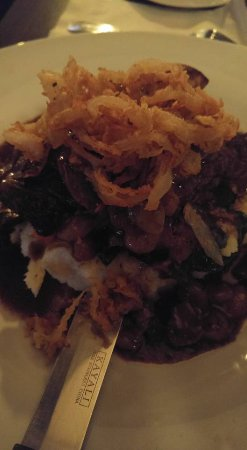 Pickering, Canada : Brasied Short Ribs