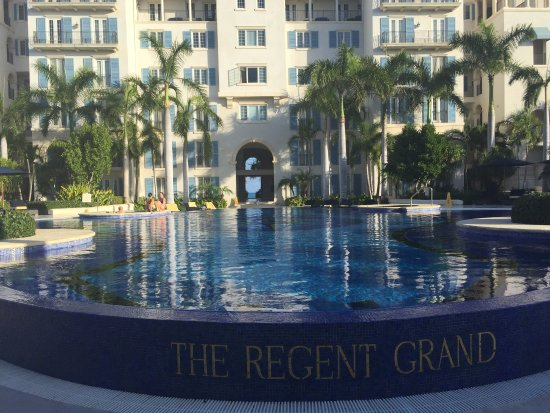 The pool in the middle of the Regent Grand