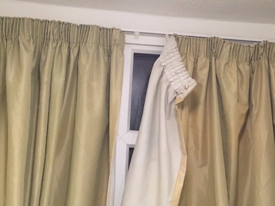 Pontins Southport Holiday Park Living Room Curtains