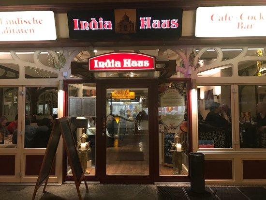 India House: Stabiler Inder mit riesigen Portionen zu akzeptablem Preis. Geschmacklich gut, Service sehr nett