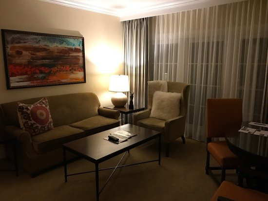 Estancia La Jolla Hotel & Spa: photo1.jpg