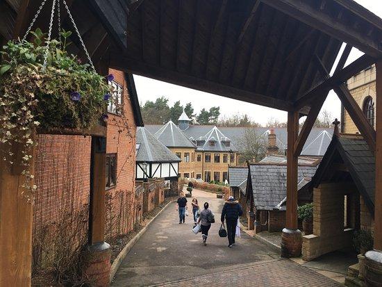 Bagshot, UK: photo7.jpg