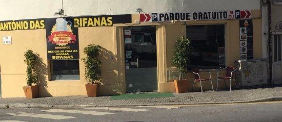 Ermesinde, Portugal: a entrada