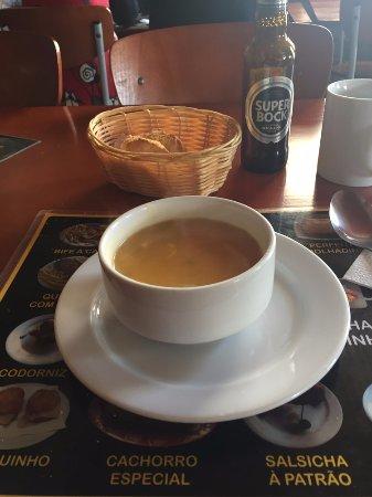 Ermesinde, Portugal: sopa, estava muito boa