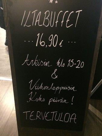 Pori, Finlandia: Sakura Sushi & China Wok   evening buffee