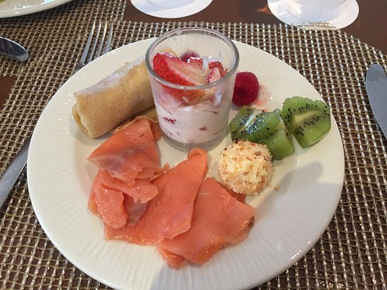 Excellence Playa Mujeres: Afternoon snack from the Excellence Club Lounge