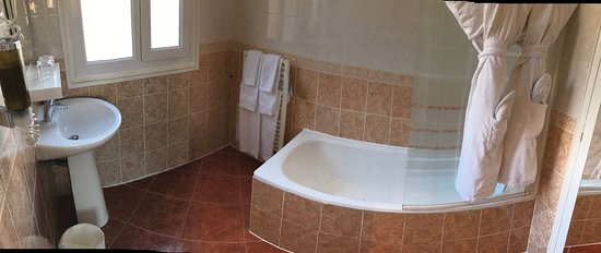 "Hotel de la Porte Doree: Salle de bain ""exclusive double 31"""