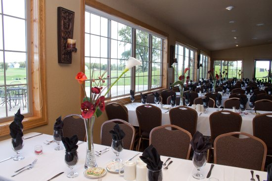 Saint Cloud, MN: Wedding Setup - Banquet Room