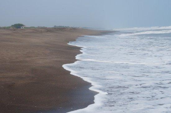 Las Penitas, نيكاراجوا: Miles of beach