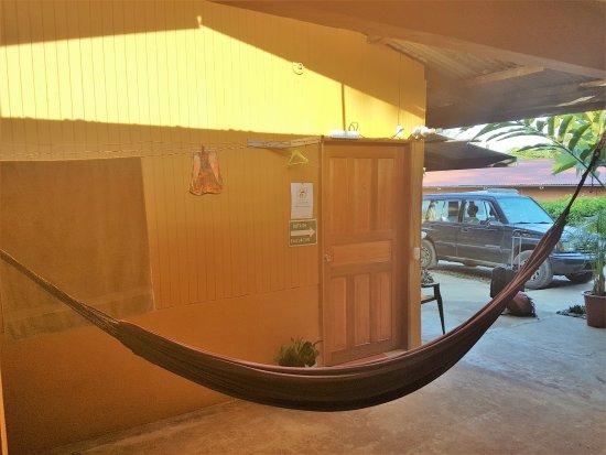 Cabinas Pura Vida: door to my room
