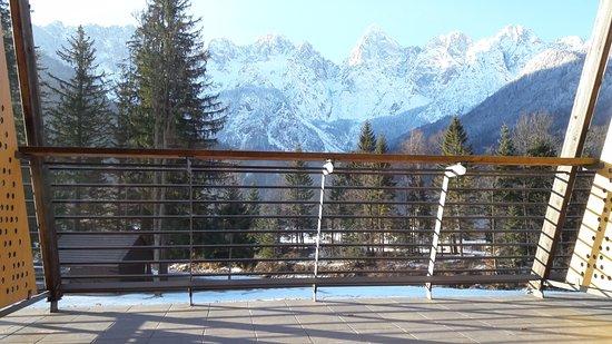Hotel Spik Alpine Wellness Resort: Taken from the door of the room onto the balcony. Room 170