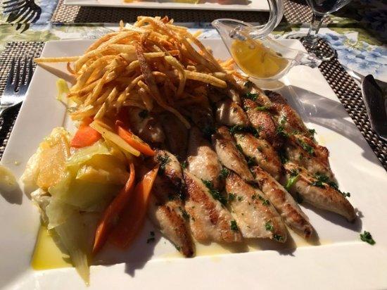 restaurant du pont: Perch fish from Lake Geneva