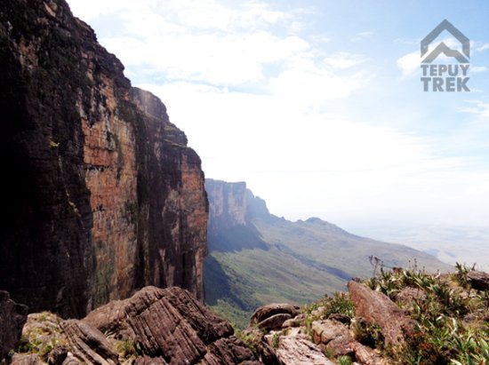 Tepuy Trek: Reaching the top of Roraima