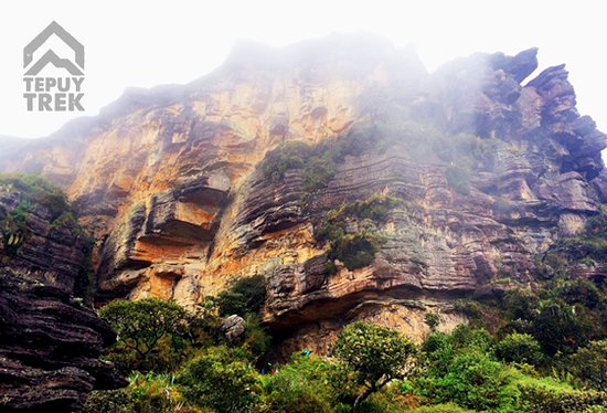 Tepuy Trek: Going up the walls of Roraima