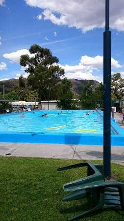 ‪Halls Gap swimming Pool‬