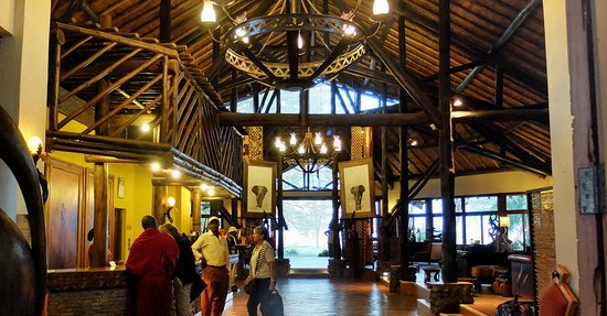 Ol Tukai Lodge: hall d'accueil