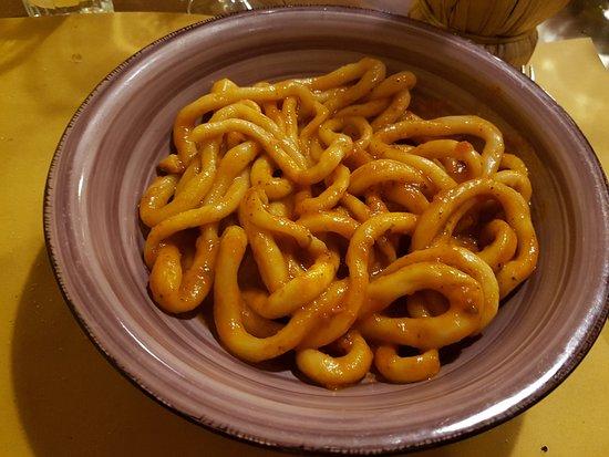Ambra, Italy: Pici all'aglione