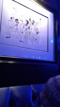 The Blue Bar, Algonquin Hotel : famous Hirschfeld sketches all blue