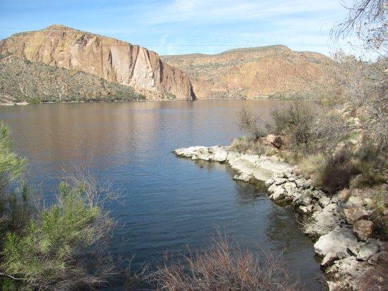 Lost Dutchman State Park: Canyon Lake