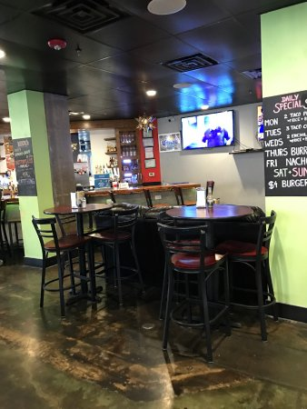 Addison, TX: Seating & TV
