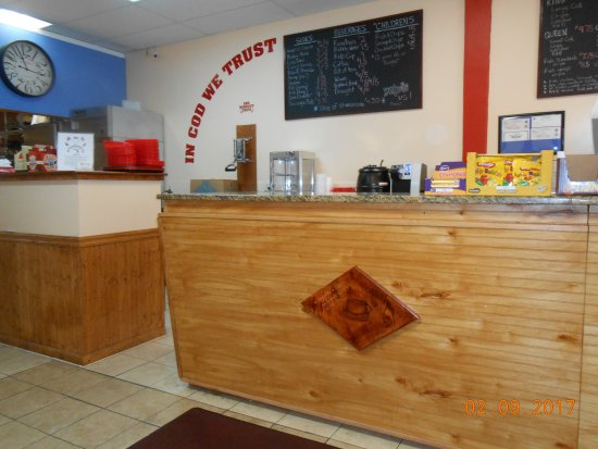 North Fort Myers, FL: counter