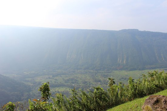 Kukuihaele, HI: Valley of the Kings