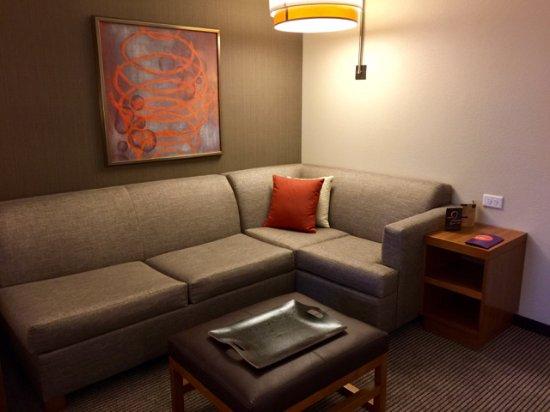 Emeryville, CA: Room 515 sitting area
