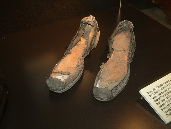 Chelmsford, UK: These shoes helped to identify the body of a murder victim.