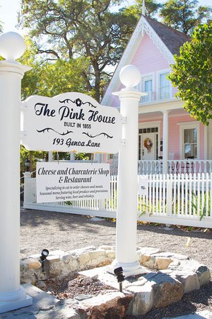 Genoa, NV: The Pink House; photo compliments of Blank Slate Photography