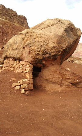 Marble Canyon, AZ: small rock house