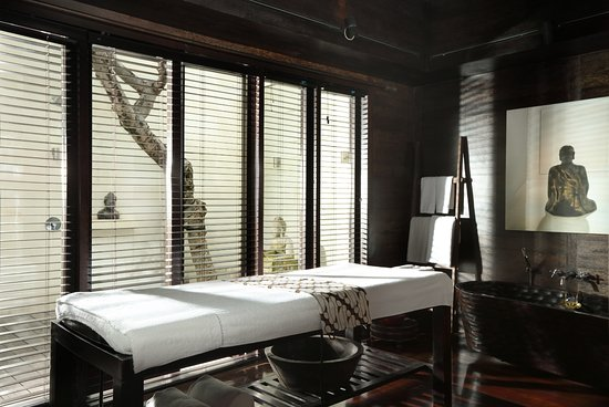 Villa Samuan: Spa and massage room