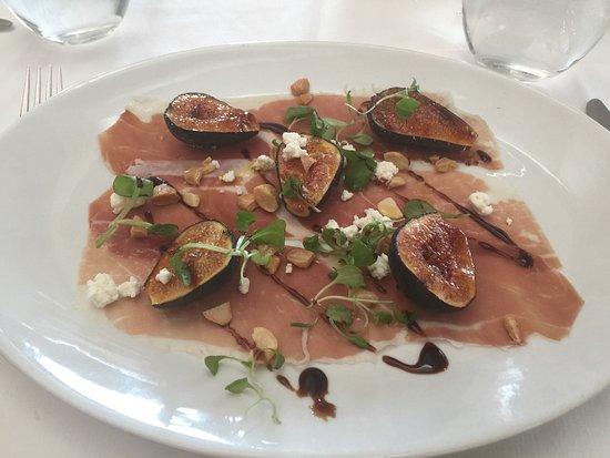 Huntington, Nowy Jork: Fig & prosciutto salad, YUMMY!