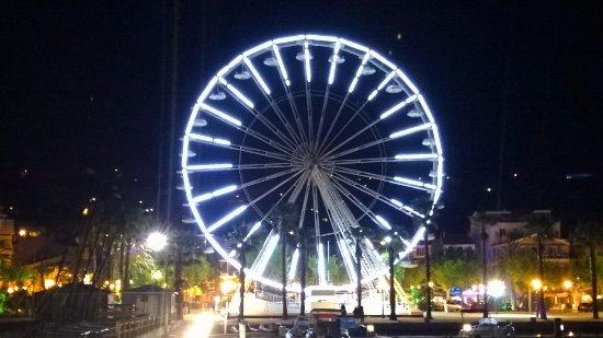 La grande roue du Lavandou