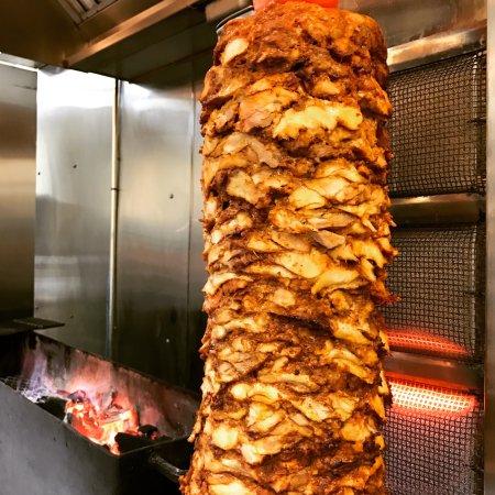 Swansboro, Carolina del Norte: Chicken shawarma!! Mmmm