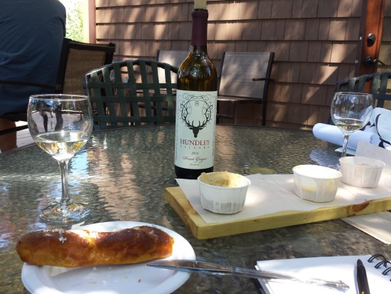 Geneva, OH: Wine and fresh pretzels with sauces