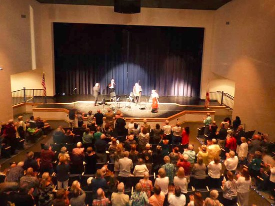Marathon Shores, FL: Standing Ovation for Amernet String Quartet