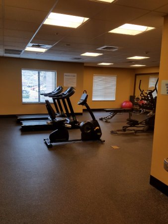 Holiday Inn Express & Suites Pocatello : Exercise room
