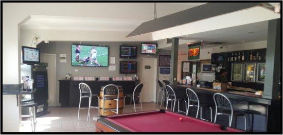 Bowen, Αυστραλία: Front Bar and Live Foxtel