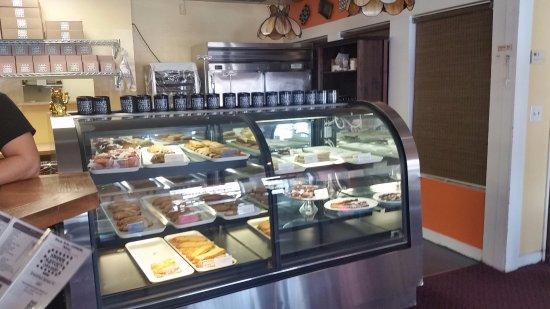 San Dimas, CA: The delightful pastry shelves