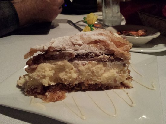 Middle River, MD: Baklava cheese cake