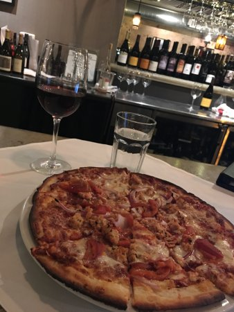 Los Olivos Wine Merchant & Cafe : Gluten Free Pizza